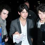Jonas Brothers in New York wishing their fans a Happy Valentine's Day 32687
