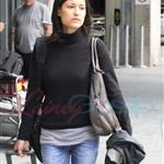 Julia Jones arrives in Vancouver to shoot Eclipse  47158