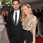 Diana Kruger and Joshua Jackson at Met Gala 2011  84428