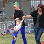 Diane Kruger and Joshua Jackson spend time with a friend and her daughter in Vancouver 123747