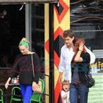Diane Kruger and Joshua Jackson spend time with a friend and her daughter in Vancouveroshua Jackson spend time with his sister and niece in Vancouver 123757