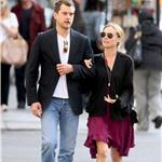 Joshua Jackson and Diane Kruger go for a stroll in New York  59254