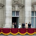The Queen's Diamond Jubilee Balcony  116618
