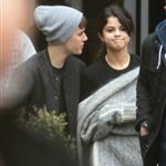 Justin Bieber and Selena Gomez go on a private tour in London 98013