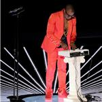 Kanye West performs at VMAs 2010  68609