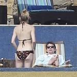 Kate Hudson in bikini with Matt Bellamy in Mexico during Super Bowl  104923