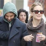 Kate Hudson and Matt Bellamy walking in Primrose Hill London, England 108585