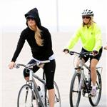 Kate Hudson Goldie Hawn Kurt Russell bike ride with Matt Bellamy 69296