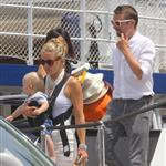 Kate Hudson on holiday with Matt Bellamy, baby Bing and Philip Green in the French Riviera  118484