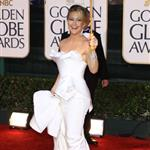 Kate Hudson in white Marchesa at Golden Globes 2010 like Nicole Kidman Chanel Oscars 2004 53569