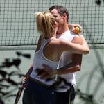 Kate Hudson Lance Armstrong PDA on tennis court 21719