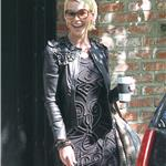 Katherine Heigl has slightly better but still bad hair on her way to Ellen 82871