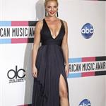 Katherine Heigl at the 2011 American Music Awards  98880