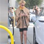 Katherine Heigl getting gas in LA  96799