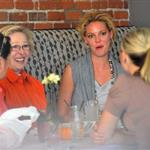 Katherine Heigl has lunch with her mother and friends 96801