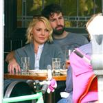 Katherine Heigl has lunch with husband Josh Kelley and her mother at Little Dom's 110151