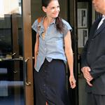Katie Holmes out in New York two days ago wearing her wedding band 119378