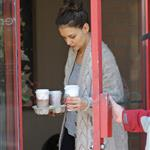 Katie Holmes beautiful wedding ring in Vancouver  79536