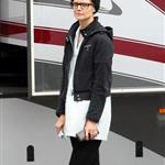 Katie Holmes looks like Josh Hartnett on set in Melbourne 42278