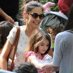 Katie Holmes and her mother Kathleen take Suri to the Central Park Zoo 120320