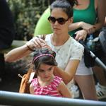 Katie Holmes and her mother Kathleen take Suri to the Central Park Zoo 120321