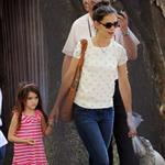 Katie Holmes and her mother Kathleen take Suri to the Central Park Zoo 120330