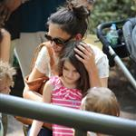 Katie Holmes and her mother Kathleen take Suri to the Central Park Zoo 120364