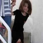 Katie Holmes with daughter Suri at dance class 39143