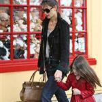 Katie Holmes and Suri at Granville Island in Vancouver and Vera Burger 80773