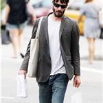 Keanu Reeves goes shopping for groceries in New York 62716