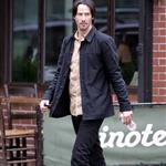 Keanu Reeves looks thin but hot on the set of Generation Um in NYC 69727