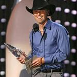 Kenny Chesney at the CMAs 2007 14344