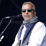 Kevin Costner performs at the 1st Annual Boots and Hearts Music Festival in Bowmanville, Canada 124073