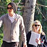 Kirsten Dunst and Garrett Hedlund post flyers looking for her lost cat in Toluca Lake, CA 104711