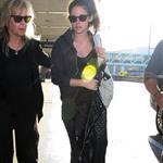 Kristen Stewart arrives at LAX 115228