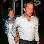 Kate Hudson Lance Armstrong holding hands in New York 21487