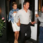 Kate Hudson Lance Armstrong holding hands in New York 21488
