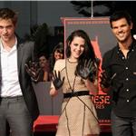 Robert Pattinson, Kristen Stewart, Taylor Lautner are honoured with a Hand and Footprint Ceremony outside Grauman's Chinese Theatre  97665