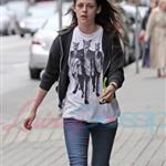 Kristen Stewart looking hung over heading to a salon in Vancouver 39371
