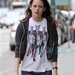 Kristen Stewart looking hung over heading to a salon in Vancouver 39372
