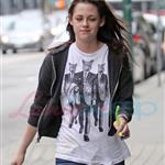 Kristen Stewart looking hung over heading to a salon in Vancouver 39374