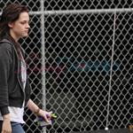 Kristen Stewart looking hung over heading back from a salon in Vancouver 39383