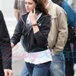 Kristen Stewart looking hung over heading to a salon in Vancouver 39361