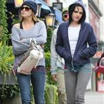 Kristen Stewart in Vancouver with Elizabeth Reaser, Nikki Reed, and Paris Latsis  46184