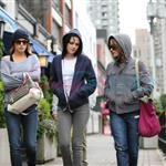 Kristen Stewart in Vancouver with Elizabeth Reaser, Nikki Reed, and Paris Latsis  46189