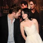 Robert Pattinson and Kristen Stewart 121595