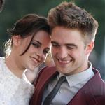 Robert Pattinson and Kristen Stewart 121596