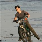 Taylor Lautner in Los Angeles for a photo shoot yesterday 48411