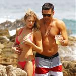 LeAnn Rimes and Eddie Cibrian on vacation in Mexico 113259