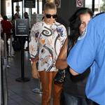 Fergie in amazing leather pants outfit at LAX August 2011  92822